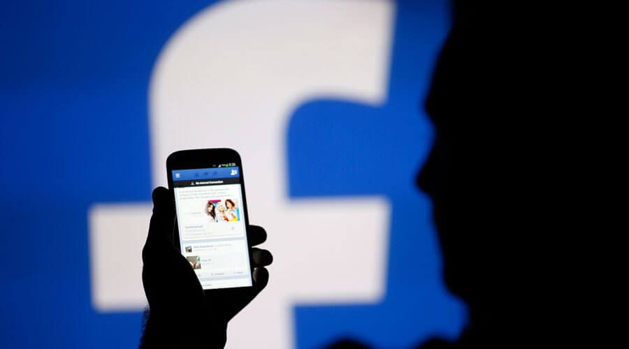 Facebook Admits to Censoring Links to WikiLeaks DNC Emails Leak