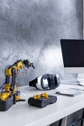 shutterstock_508383736  - shutterstock 508383736 - Things a robot scientist will do to transform our world