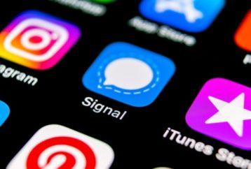 Signal app on the iOS app screen