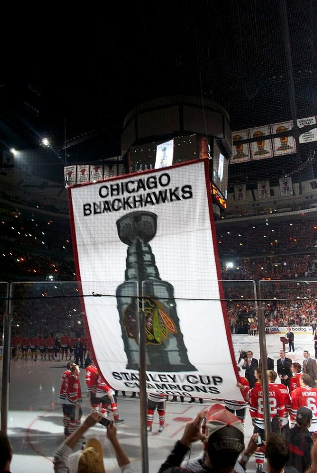 685px-Chicago_Blackhawks_Stanley_Cup_Banner_Ceremony_5104270658